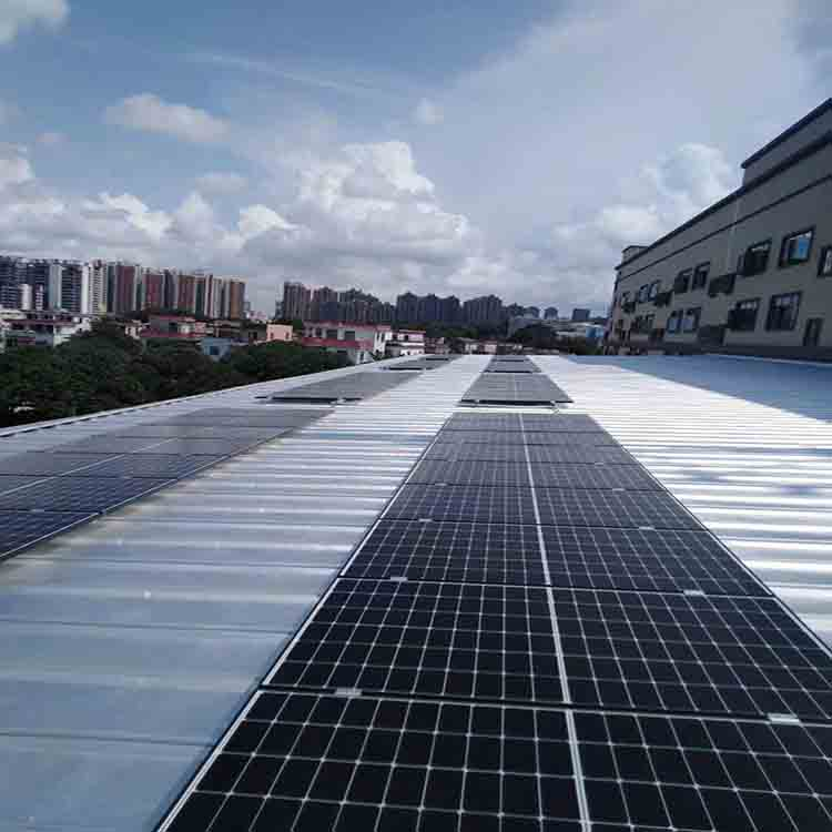 300kw solar power plant can supply power to a community